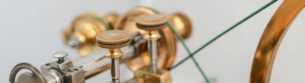 Detailaufnahme einer Uhrmacher Wälzmaschine